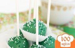 Фото рецепта: «Глазированные конфеты из бисквитов на палочке»