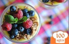 Фото рецепта: «Лимонный творожный мусс с ягодным миксом»