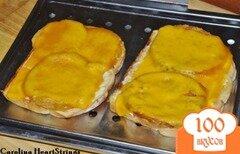 Фото рецепта: «Сэндвич запеченный с зелеными помидорами и сыром»