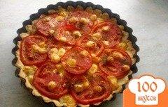 Фото рецепта: «Песочный пирог с помидорами и луком»