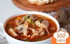 Фото рецепта: «Суп из свинины с грибами и горошком»