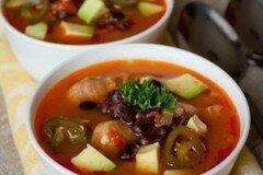 Фото рецепта: «Острый суп из свинины с фасолью»