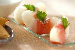 Фото рецепта: «Закуска из груш с ветчиной»