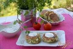 Фото рецепта: «Сырники с баклажанами и зеленью»