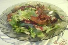 Фото рецепта: «Тёплый салат с курицей и грибами»