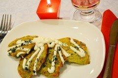 Фото рецепта: «Оладушки с брокколи и грибами»