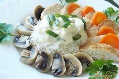 """Фото рецепта: «Куриная грудка с рисом и грибами """" Рыцарский замок""""»"""