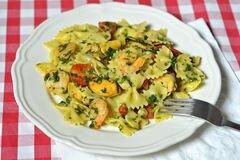 Фото рецепта: «Паста с мидиями и креветками»