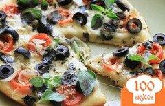 Фото рецепта: «Пицца с помидорами и сыром»
