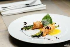 Фото рецепта: «Спаржа с лососем»