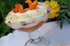 "Фото рецепта: «Десерт с абрикосами и ежевикой ""По мотивам тирамису""»"