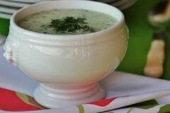 Фото рецепта: «Холодный суп с огурцом»