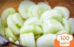 Фото рецепта: «Закуска из свежих огурцов»