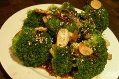 Фото рецепта: «Брокколи с чесноком»