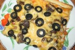 Фото рецепта: «Пицца с шампиньонами и болгарским перцем»