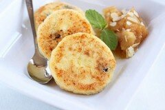 Фото рецепта: «Сырники с манкой»