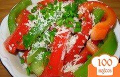 Фото рецепта: «Салат с красным и зеленым перцем»