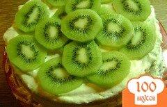 Фото рецепта: «Бисквитный торт с киви»