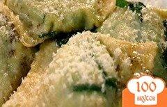 Фото рецепта: «Равиоли со шпинатом и рикоттой»