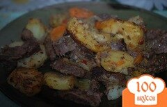 Фото рецепта: «Печеное мясо с картофелем»