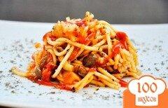 Фото рецепта: «Спагетти в соусе с грибами и помидорами»