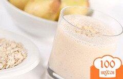 Фото рецепта: «Коктейль с грушей,бананом,медом и овсянкой»