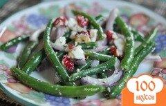 Фото рецепта: «Салат с зеленой фасолью,с сыром фета и орехами»