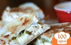 Фото рецепта: «Сэндвичи с курицей и сыром»