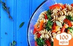 Фото рецепта: «Весенний салат с пастой и цитрусовым соусом»