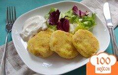 Фото рецепта: «Картофельные котлеты с ветчиной в кукурузной панировке»