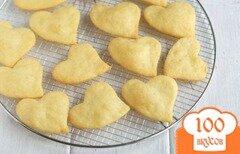 Фото рецепта: «Сырное печенье-сердечки»