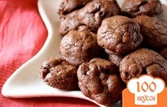 Фото рецепта: «Шоколадное печенье с вишней»