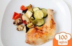 Фото рецепта: «Курица запеченная с овощами в духовке»