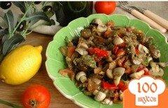Фото рецепта: «Салат из печеных овощей с маслинами и шампиньонами»