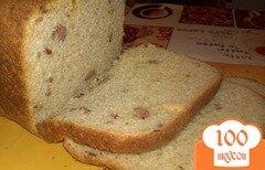 Фото рецепта: «Хлеб с копчеными колбасками сыром и чесноком»