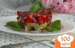 Фото рецепта: «Тар-тар из клубники и киви»