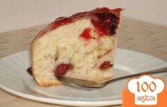 Фото рецепта: «Пирог с ягодами в мультиварке»