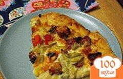 Фото рецепта: «Нежная чесночная пицца с куриными колбасками»