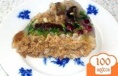 Фото рецепта: «Праздничный холодец с грибами и клюквой»