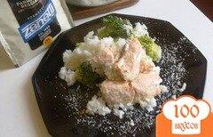 Фото рецепта: «Семга с рисом, брокколи и пармезаном»