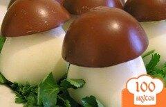 Фото рецепта: «Грибочки из яиц»