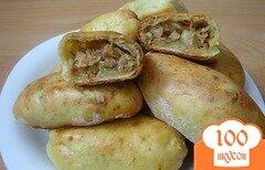 Фото рецепта: «Пирожки с жареной капустой на творожном тесте»