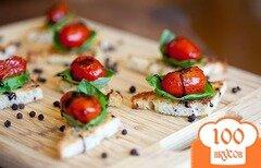Фото рецепта: «Канапе с помидорами»