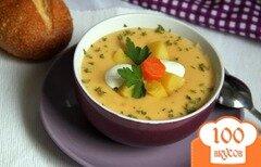 Фото рецепта: «Бархатный крем-суп из картофеля и сельдерея с сыром»