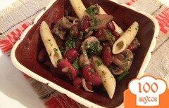 Фото рецепта: «Салат из грибов с фасолью и макаронами»
