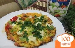 Фото рецепта: «яичница с моцареллой и зеленью»