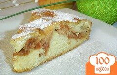 Фото рецепта: «Быстрый пирог с яблоками на кефире»