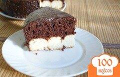 Фото рецепта: «Шоколадный пирог с творожными шариками»