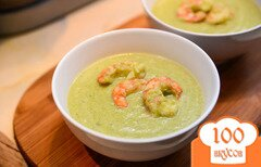 Фото рецепта: «Суп с брокколи и креветками»