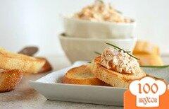 Фото рецепта: «Кростини с соусом из лосося»